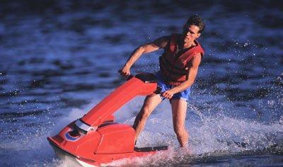 摩托艇 在浪花中寻找刺激
