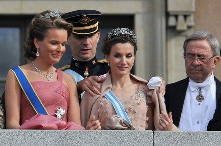 皇室王冠的高贵奢华图片