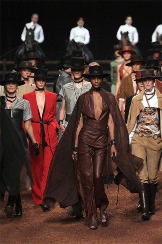 奢侈品集团LVMH突袭Hermès