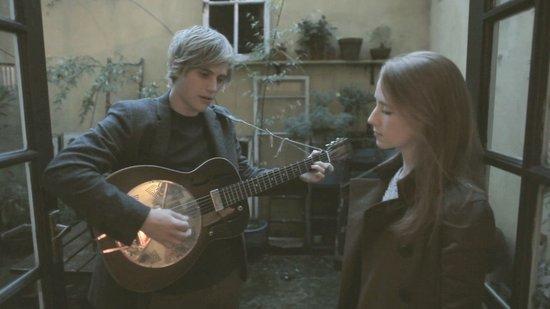 当小清新音乐人遇到Burberry