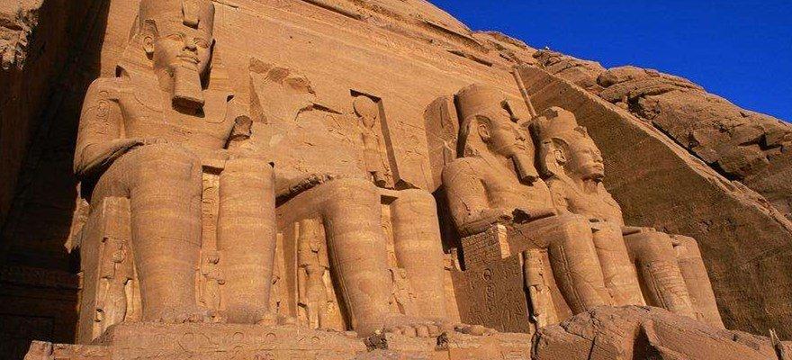 中使馆提醒赴埃及游客暂勿前往西奈半岛等地区