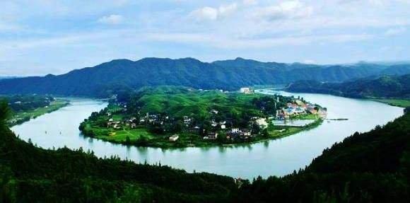 """湖南平江投资千亿建8大基地 发力""""旅游旺县"""""""