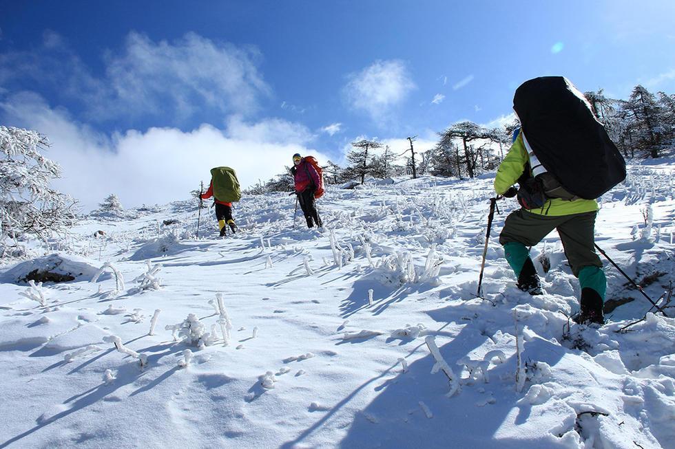 男子雪中穿越鳌太 中国死亡率最高的徒步线路