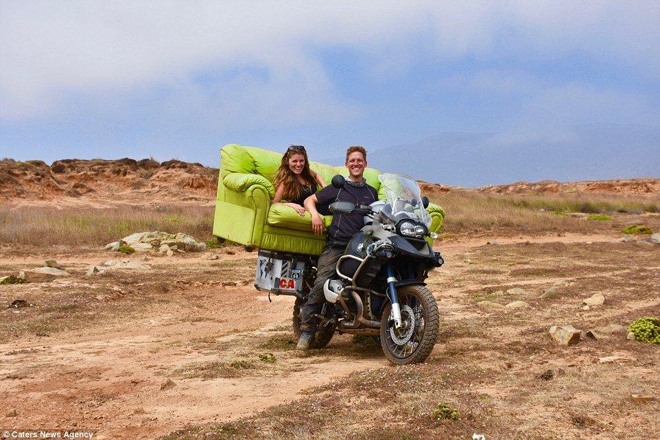 新婚夫妇骑摩托度蜜月 七个月纵穿美洲