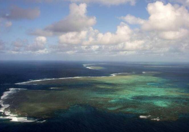世界上最作死的海岛,因污染导致落选全球七大景观
