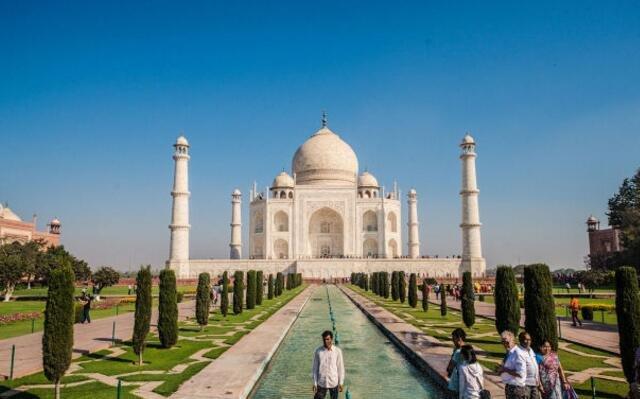 自由行游客如何参观七大建筑奇迹之一的泰姬陵