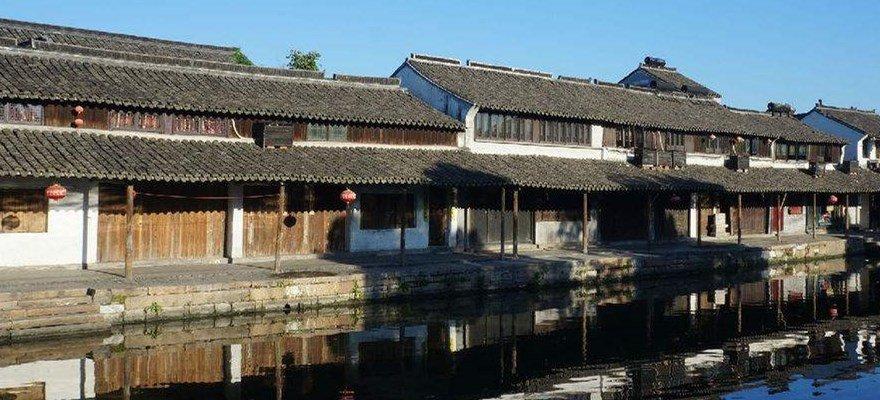 浙江高校学生争当先行者 文明旅游我在行动在杭州启动