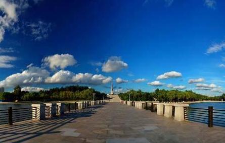长春世界雕塑公园:在静止中感受艺术之灵动