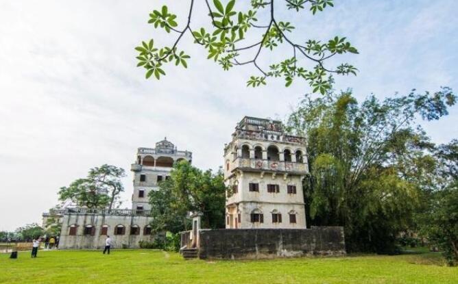 广东有条奇特村落,房舍可住人,也可作军事碉堡