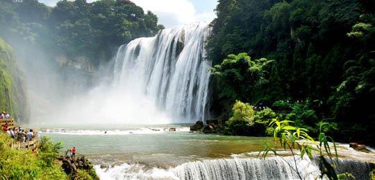 卢雍政:十三五末贵州旅游力争收入破亿万元
