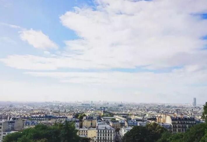 去巴黎公园草地躺下,像巴黎人一样生活