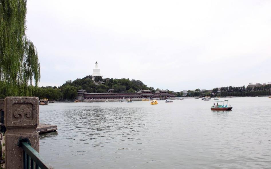 北京西城商业区和旅游区禁建大型停车设施