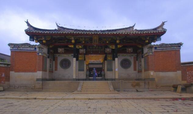 """永宁,城隍庙,尚保存精美的石雕、砖雕、木雕,被誉为""""三绝"""""""