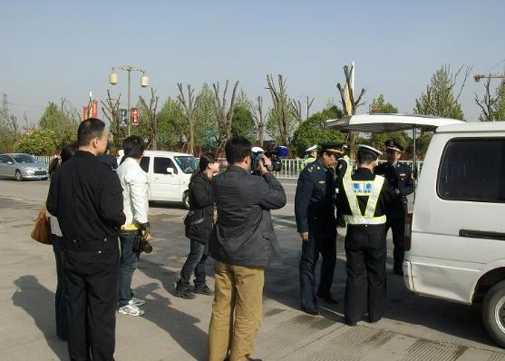 广西五市联合执法 全面规范边境旅游市场秩序
