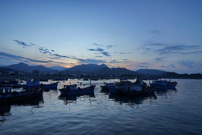 越南芽庄遇中国商人,异国的海鲜生意好做吗?