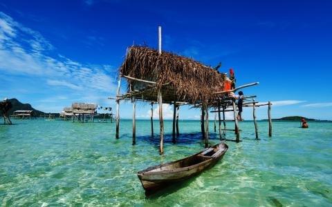 马来西亚免签证措施立竿见影 中国游客增长74%