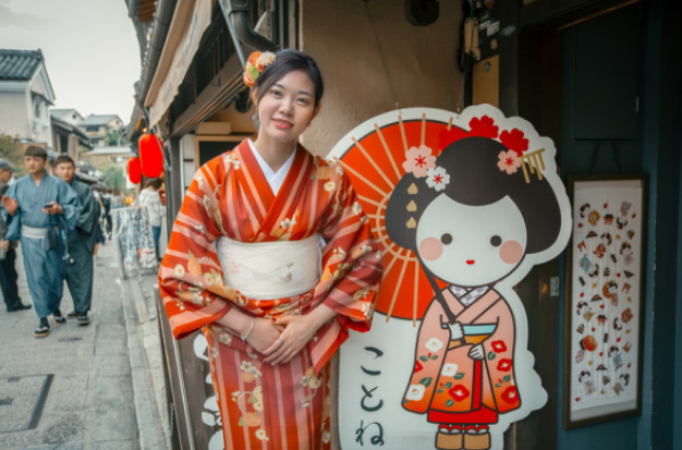 京都,为什么游客到此都会换上和服游览