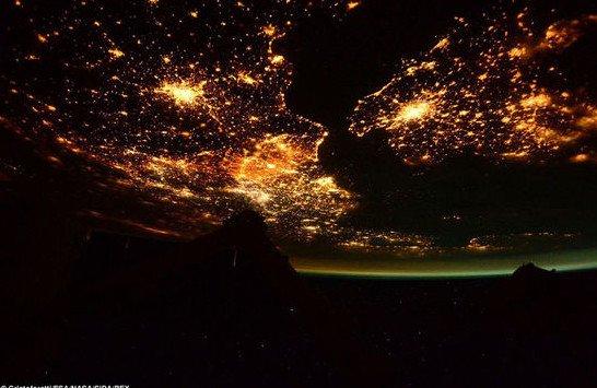 地球国际空间独一无二的绝美景观 令人叹为观止