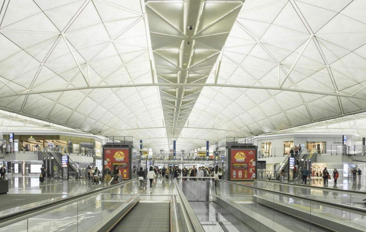 香港机场2月客运量同比增6% 复活节假期增70航班
