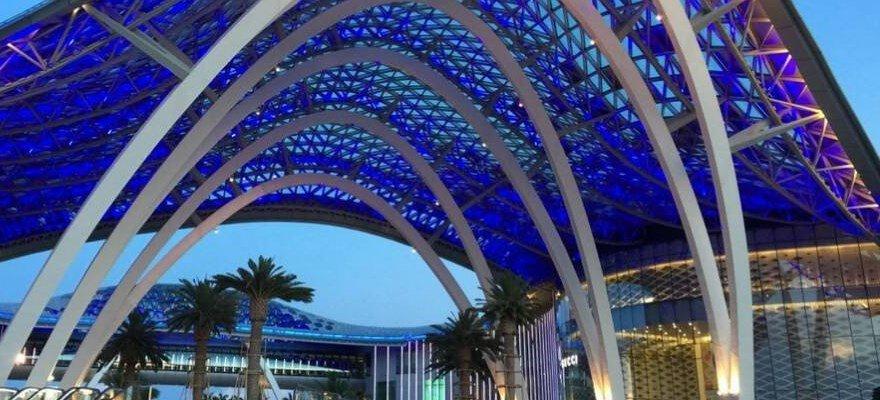 """三亚国际免税城:海南旅游业的""""金字招牌"""""""