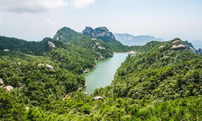 古代方士修炼成仙的地方,就在安徽天柱山,名叫炼丹湖!