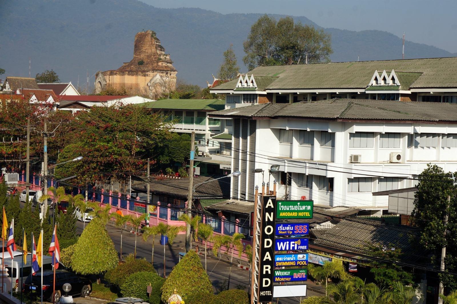 美媒:泰打击低价团中国游客减少 经济低迷