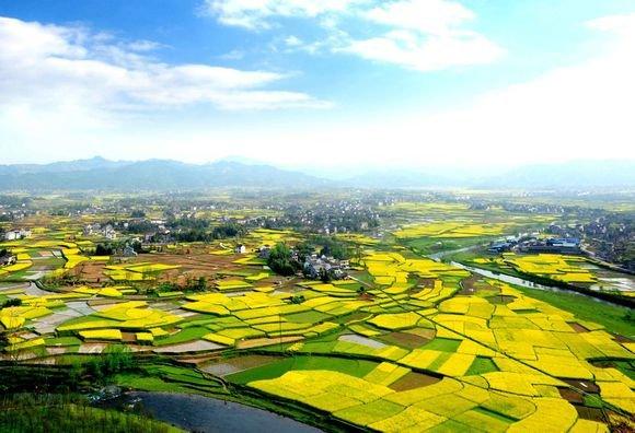 去年重庆乡村旅游待客1.52亿 收入达349亿