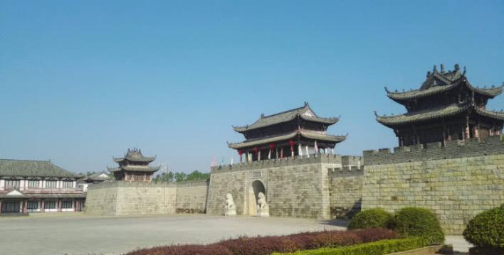 江西也有一座古城,景德镇曾归其管辖,知县是五品官