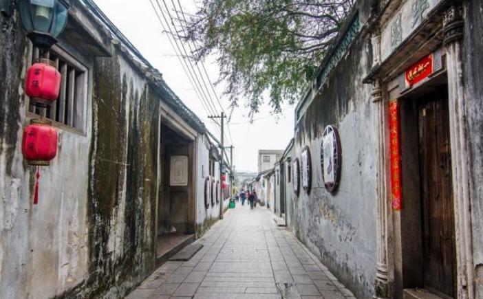 广东最有古城味的城市,一般人却只想到李嘉诚杨受成和潮州美食