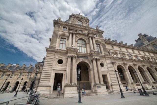 欧洲版故宫 800年藏品40万件一半文物来自于东方