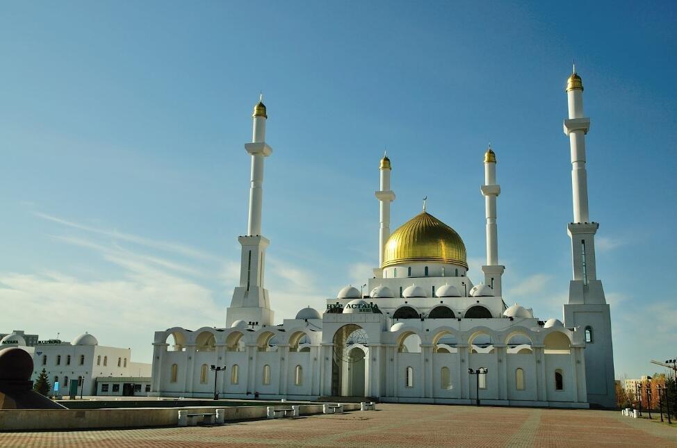 赴哈萨克斯坦怎样安全文明旅游?中领馆告诉你