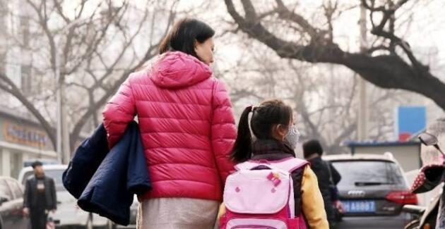 住中国顶级学区房里的孩子,后来怎样了?