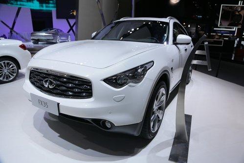 腾讯项链2012北京车展w4英菲尼迪价格>英菲尼迪fx35宝利格汽车展台扇形图片