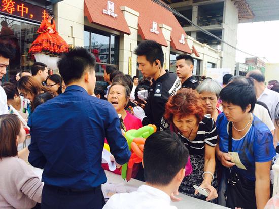 8月27日江铃时代城营销中心瞩目盛放