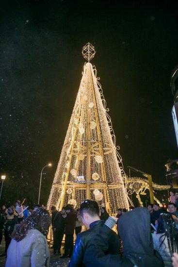 流光溢彩 点亮璀璨|浪漫初雪开启南通印象城圣诞季