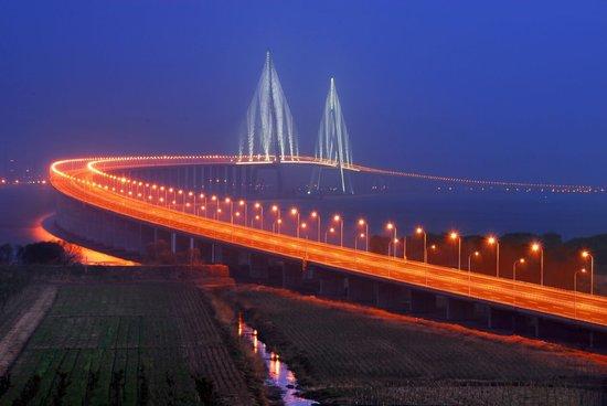 南通划入上海?论长三角一体化下的南通走向_