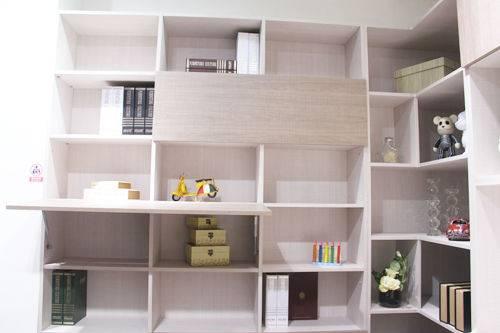评测:好莱客智能书桌翻床 环保实用