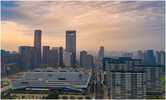 东部新城难买100-135方 龙湖天宸原著来了!