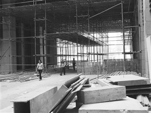 金华世贸中心建造四年仍未交付