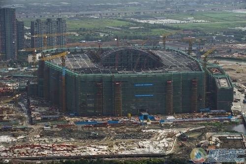 全球最大室内主题乐园 罗蒙环球乐园主体建筑工程结顶