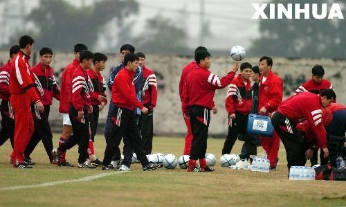 组图:揭秘朝鲜红色足球崛起的幕后故事_新闻滚