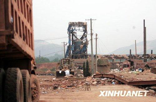 组图:安徽凤阳一企业发生爆炸事故 16人死亡