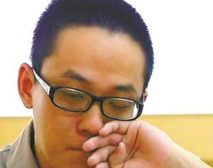 胡斌在监狱流下了悔恨的泪水