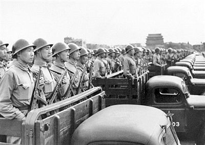 大阅兵:部队每次都穿什么军服