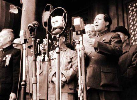 1949年开国大典阅兵 巨龙觉醒震惊世界