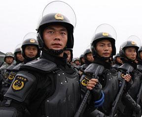 """国庆武警受阅官兵训练:""""雪豹""""风采(高清图)"""