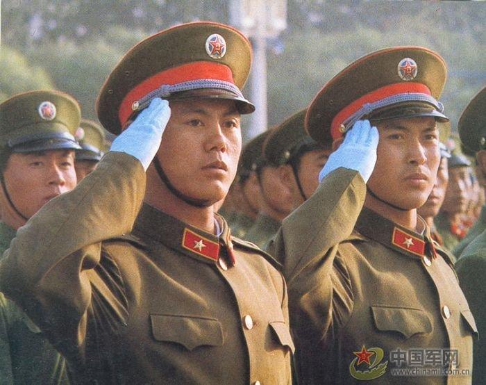 高清组图 1984年国庆35周年大阅兵