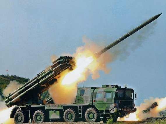 远程多火箭炮系统图_中国phl03式300毫米远程火箭炮系统