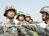 预备役方队:国庆60周年阅兵中唯一劈枪方队