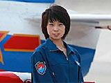 组图:受阅女飞行员寄语永不认输